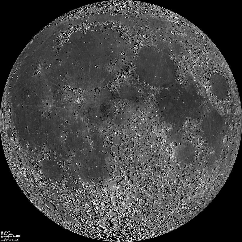 1024px-Moon_nearside_LRO
