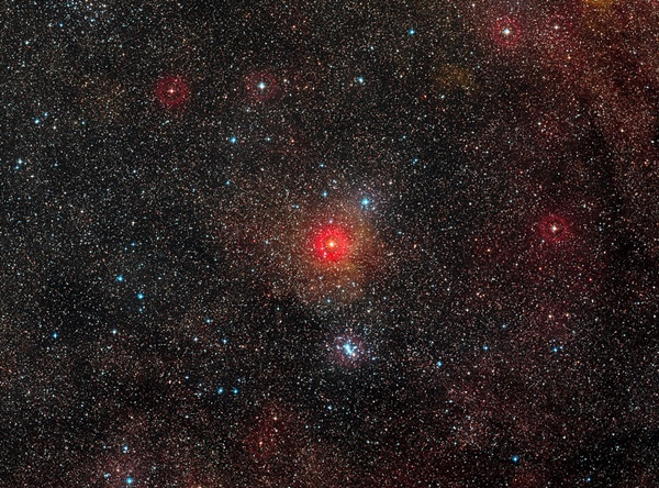 hypergiantstarHR5171